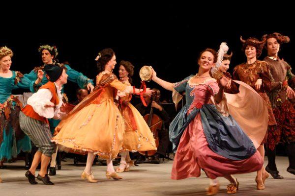 New York Baroque Dance Company Terpsicore in Tambourin